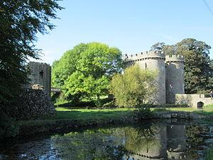 Whittington_Castle_2014